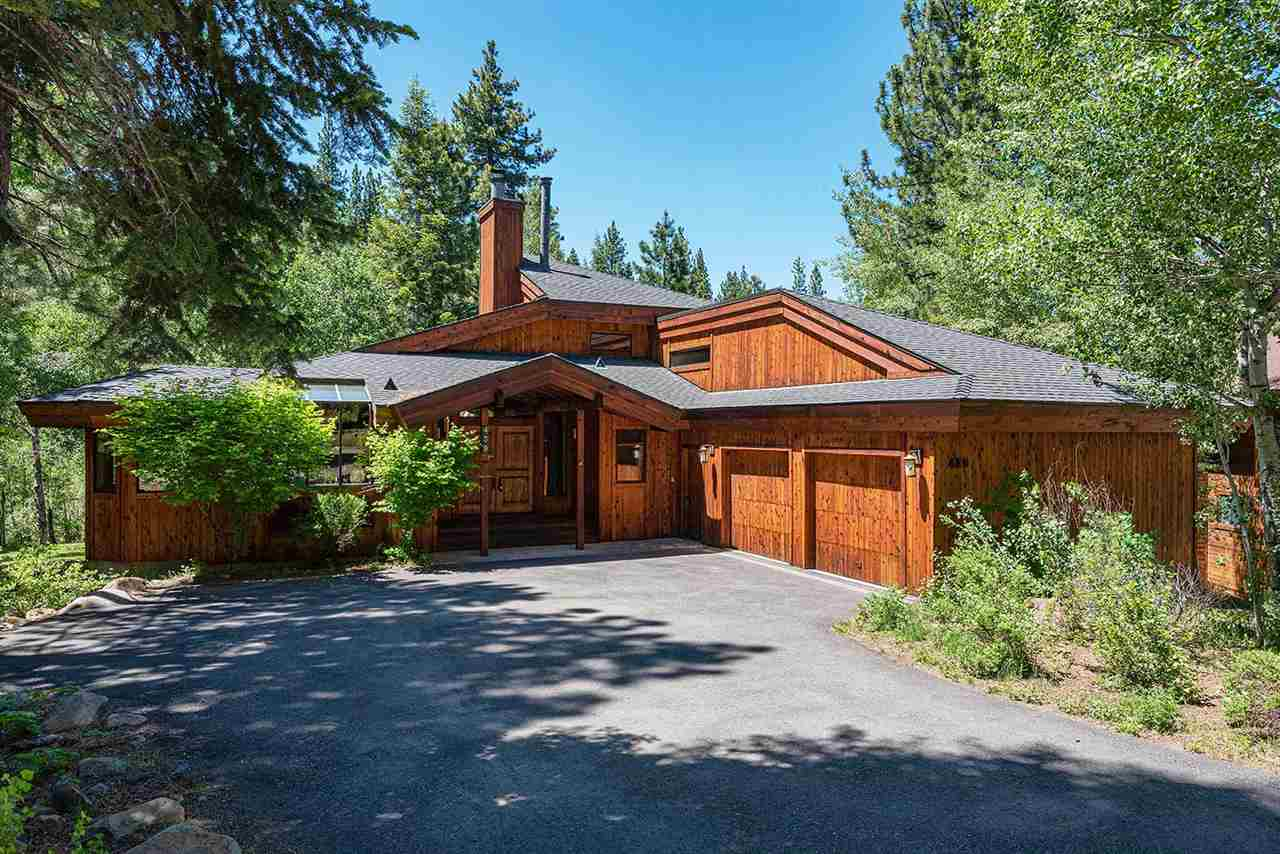 Single Family Home for Active at 439 Lodgepole 439 Lodgepole Truckee, California 96161 United States