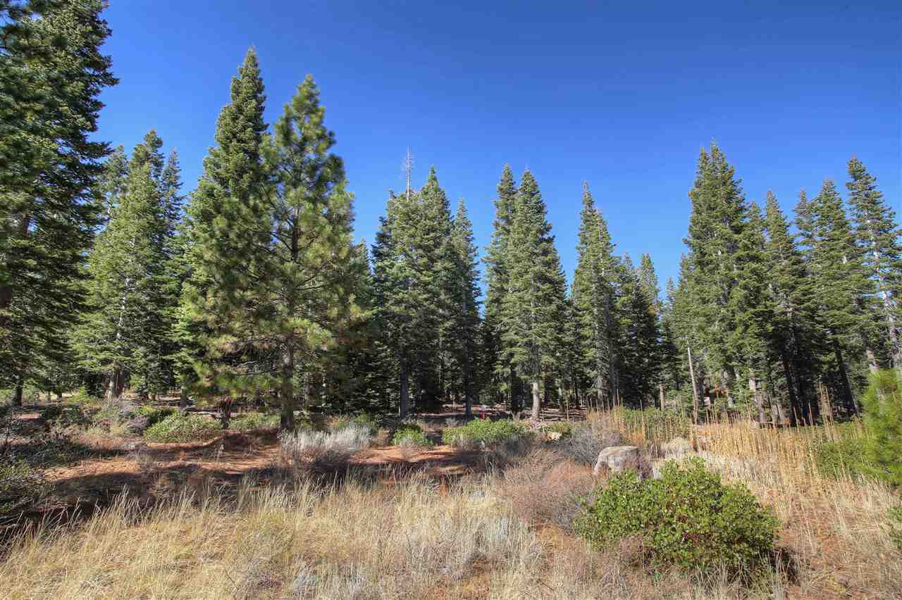 Land for Active at Lot 122 Bellingrath Court Truckee, California 96161 United States