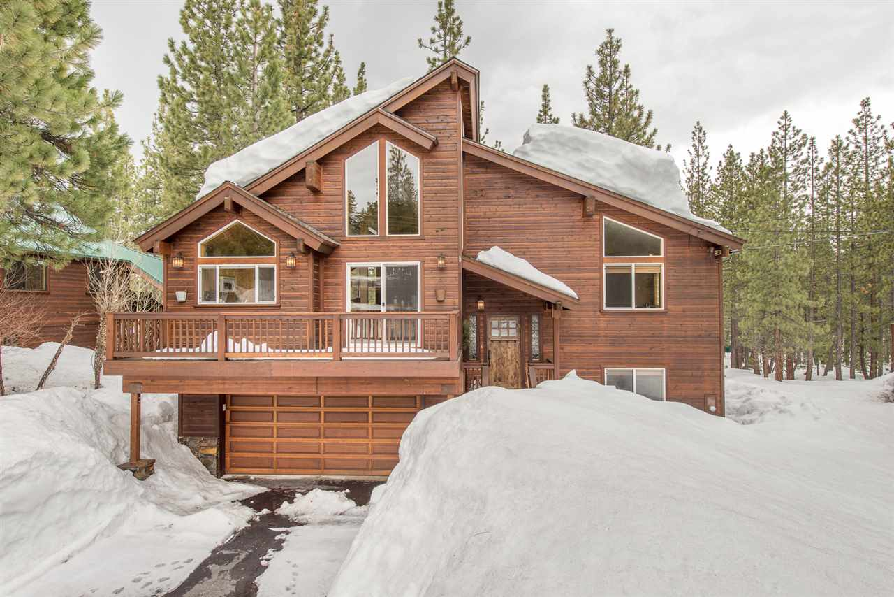 Single Family Home for Active at 13271 Roundhill Drive 13271 Roundhill Drive Truckee, California 96161 United States