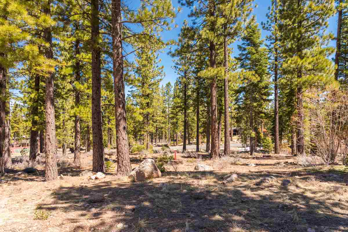 Land for Active at 8406 Newhall Drive Martis Camp, Truckee, California United States