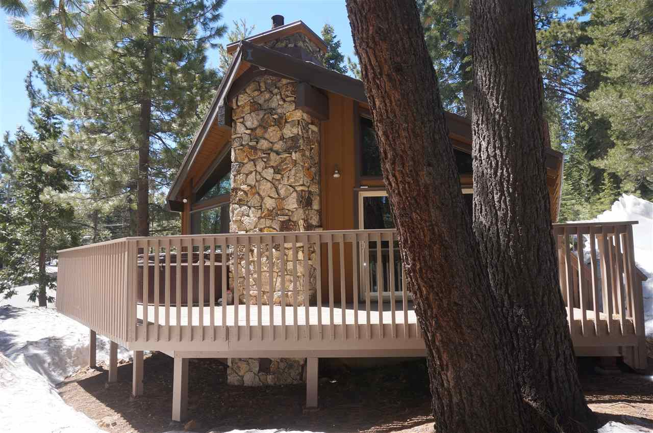 single family homes for Active at 17160 Northwoods Boulevard Truckee, California 96161 United States