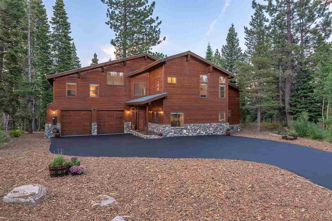 Single Family Home for Active at 12251 Bear Meadows Court Truckee, California 96161 United States
