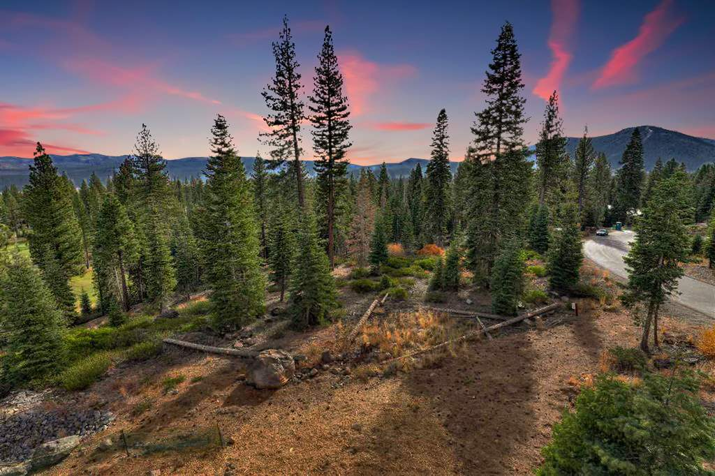 Terreno por un Venta en 9332 Nine Bark Road Truckee, California 96161 Estados Unidos