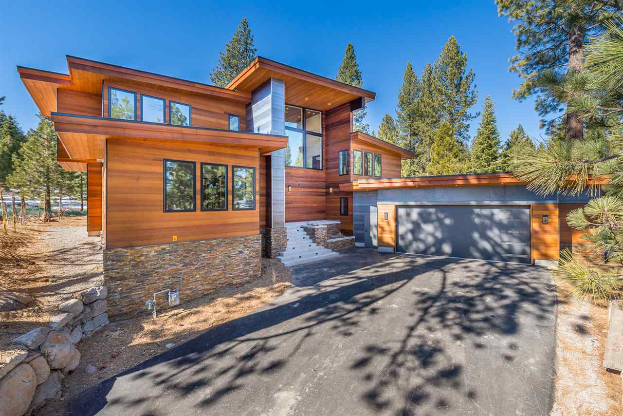 Single Family Homes por un Venta en 9300 Heartwood Drive Truckee, California 96161 Estados Unidos