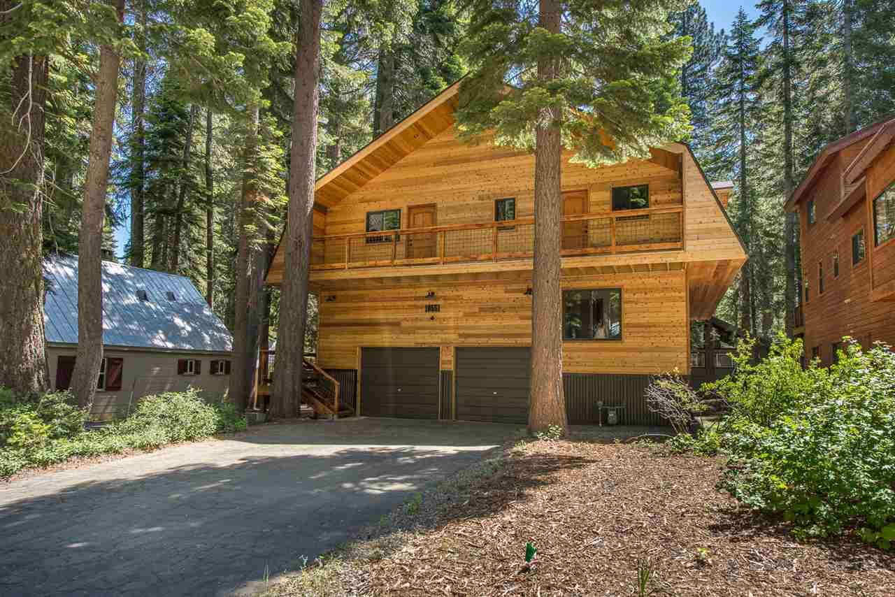 single family homes for Active at 10551 Dogwood Street Truckee, California 96161 United States