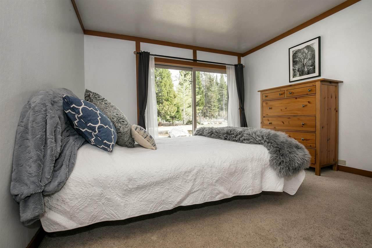 Additional photo for property listing at 440 Squaw Peak Road Olympic Valley, California 96146 United States