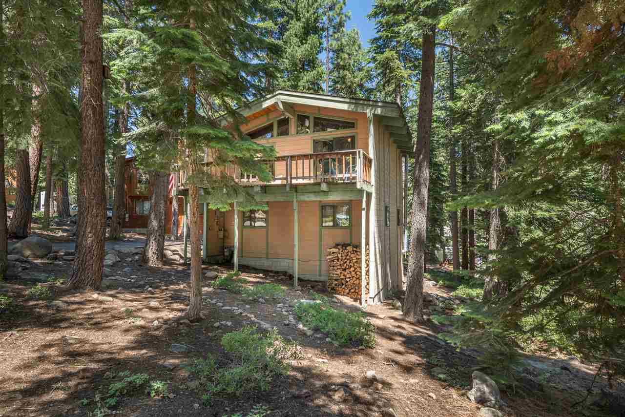 Single Family Homes for Active at 4516 Piney Wood Road Tahoe City, California 96140 United States