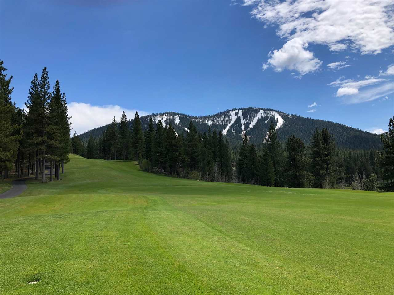 Land for Active at 7700 Lahontan Drive Truckee, California 96161 United States