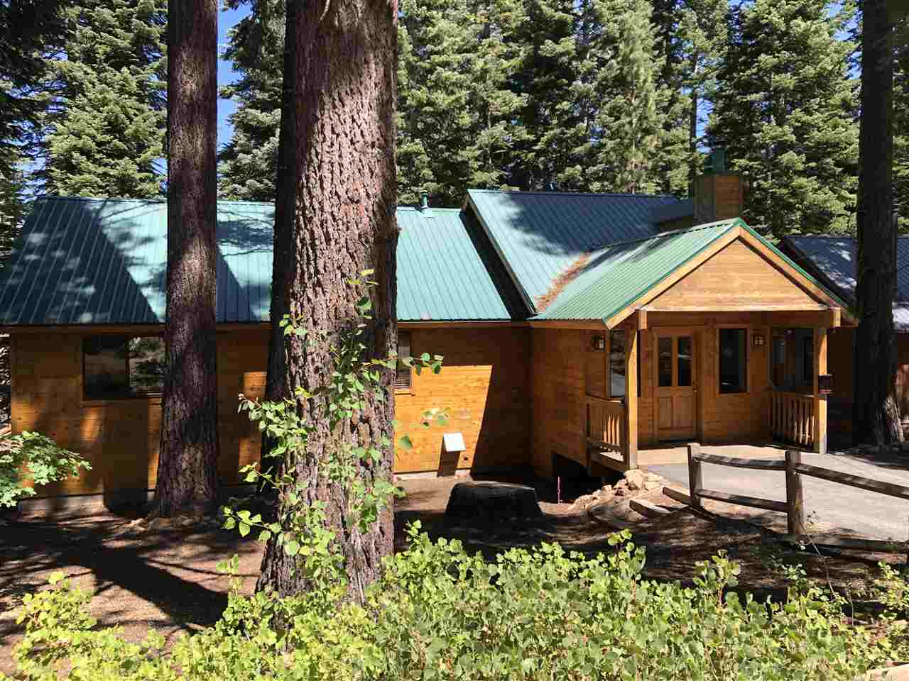single family homes for Active at 14366 Copenhagen Drive Truckee, California 96161 United States