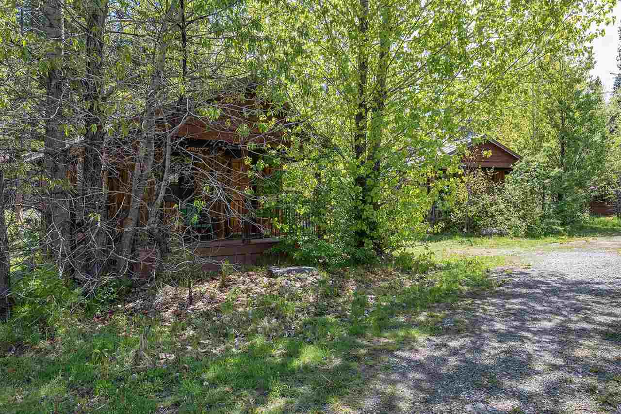 Additional photo for property listing at 622 Old Truckee Road Sierraville, California 96126 United States