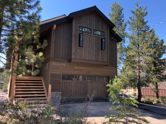 Single Family Homes por un Venta en 12330 Snowpeak Way Truckee, California 96161 Estados Unidos