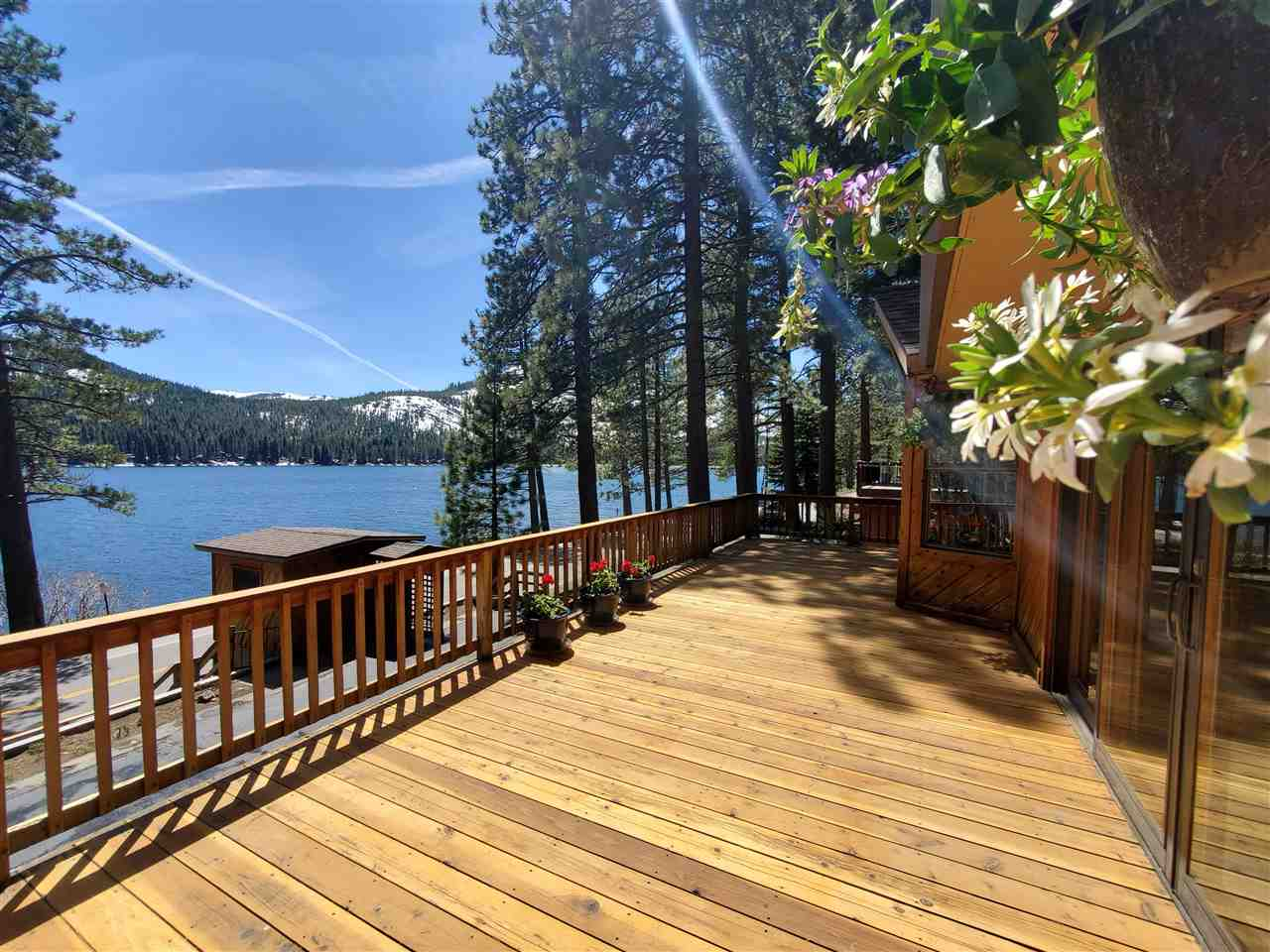 Single Family Homes for Active at 15304 Donner Pass Road Truckee, California 96161 United States
