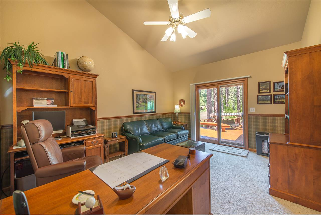 Additional photo for property listing at 625 Miners Passage Clio, California 96106 Estados Unidos