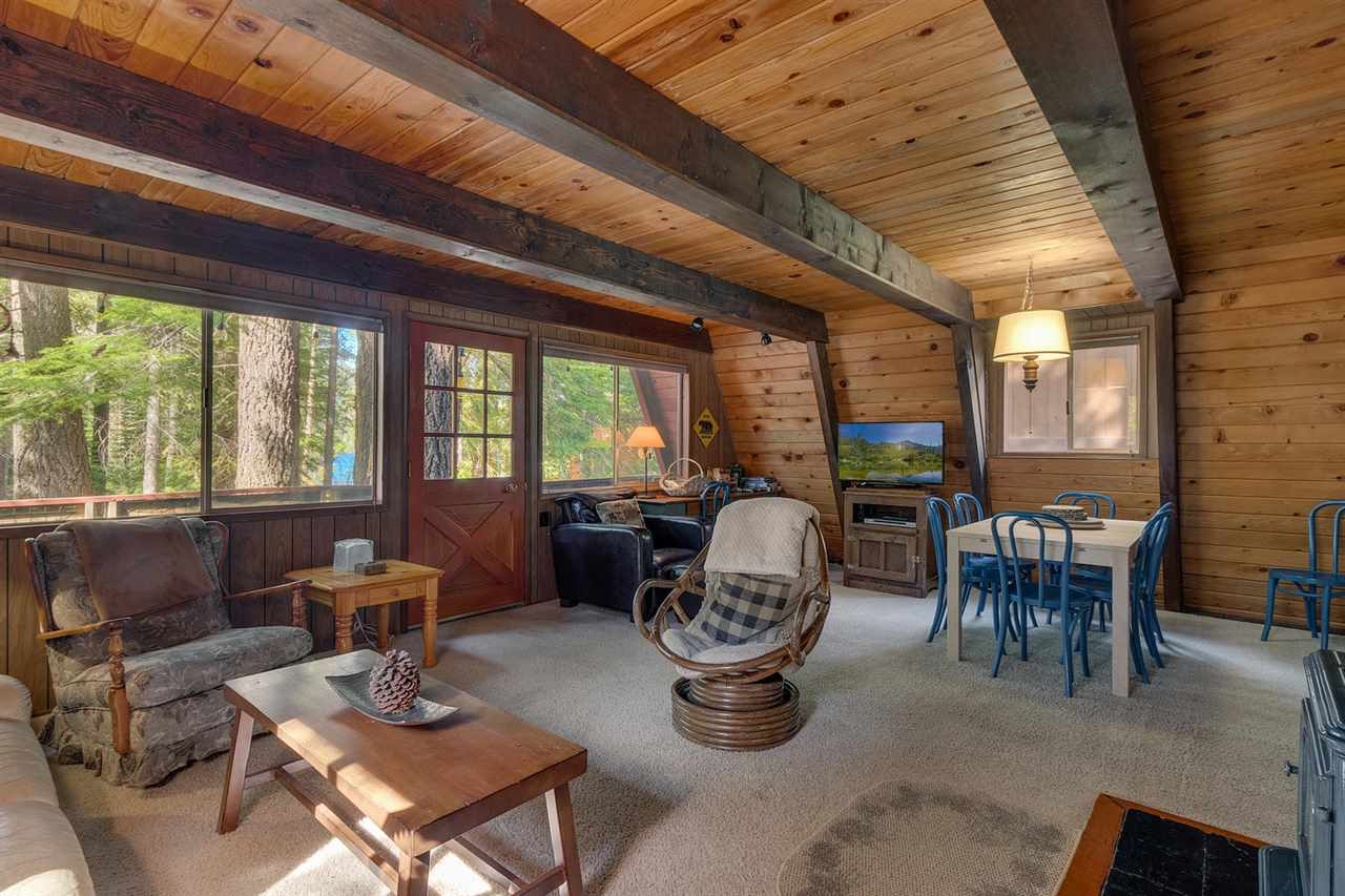 Additional photo for property listing at 15400 South Shore Drive Truckee, California 96161 Estados Unidos