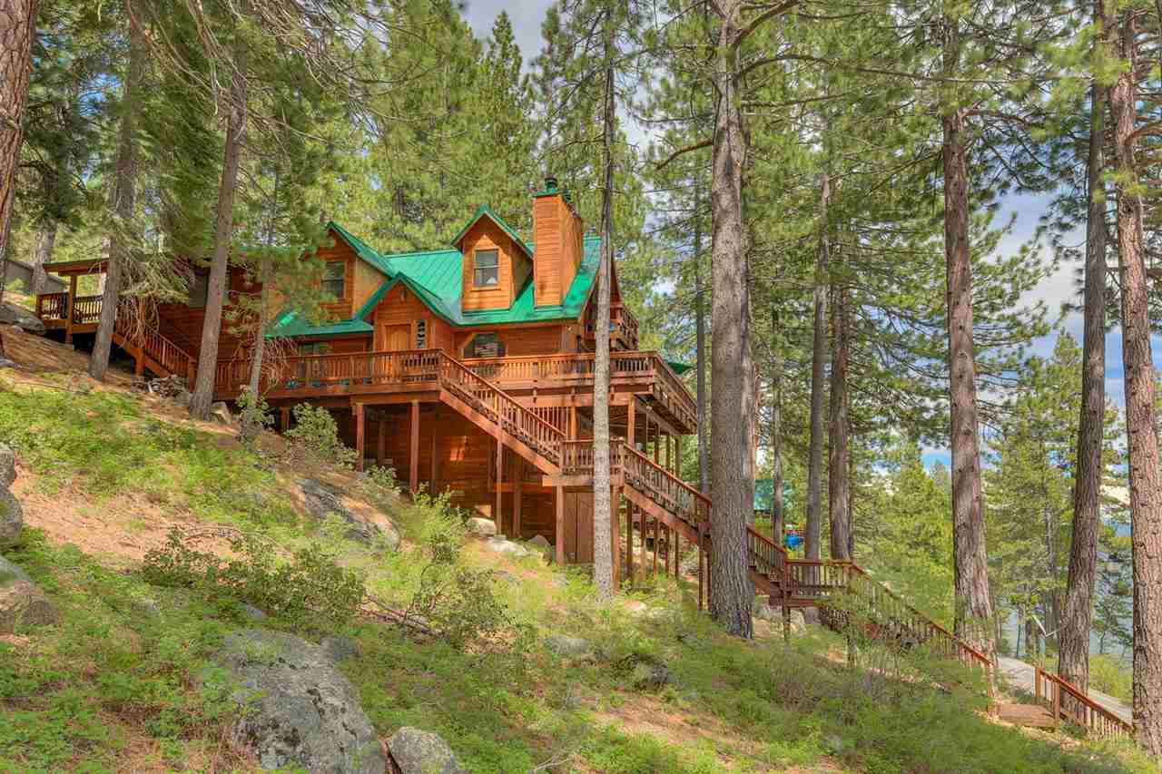 single family homes for Active at 14824 Donner Pass Road Truckee, California 96161 United States