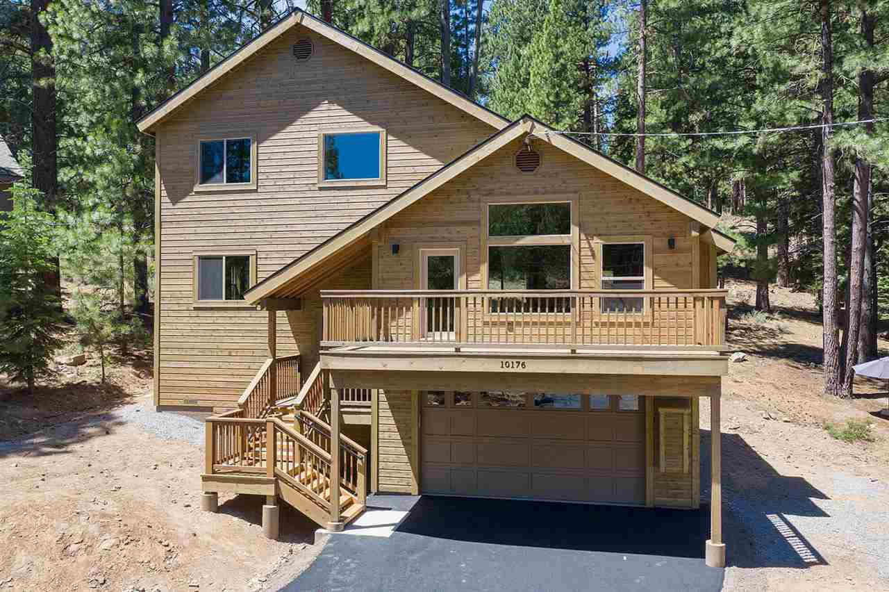 Single Family Homes for Active at 10176 The Strand Truckee, California 96161 United States