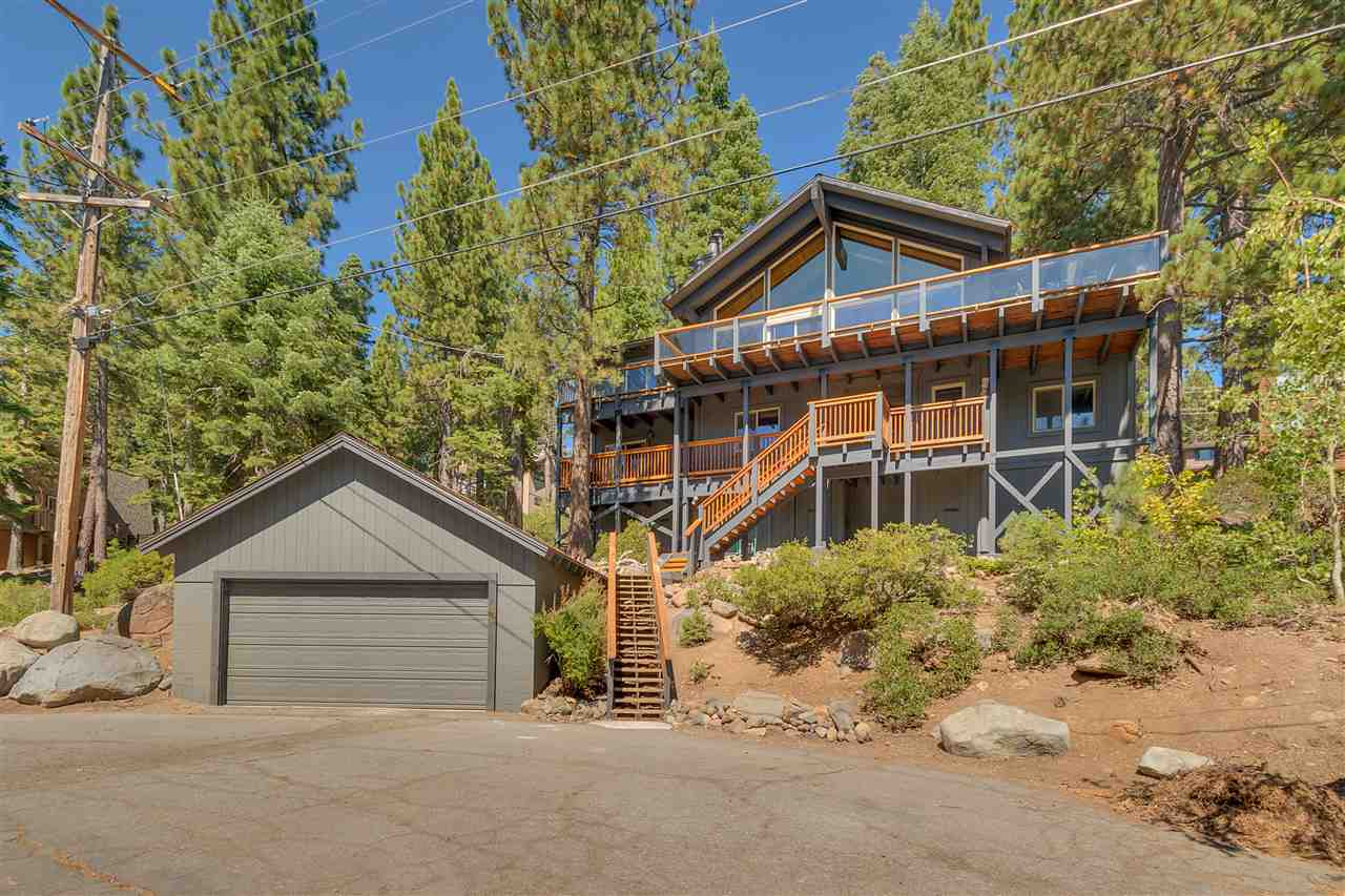 Single Family Homes por un Venta en 46 Tahoma Avenue Tahoe City, California 96145 Estados Unidos