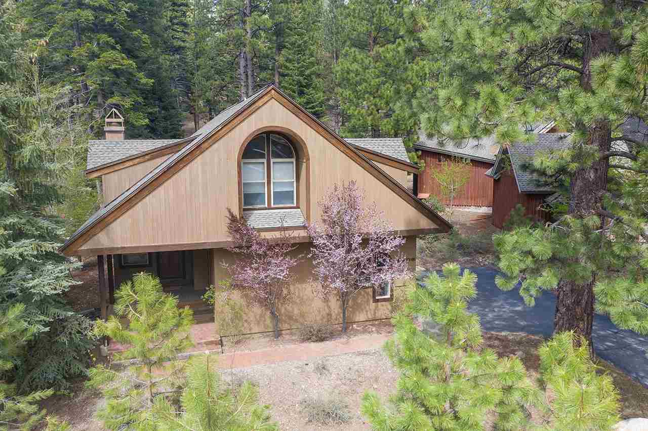 Single Family Homes for Active at 1026 Martis Landing Truckee, California 96161 United States