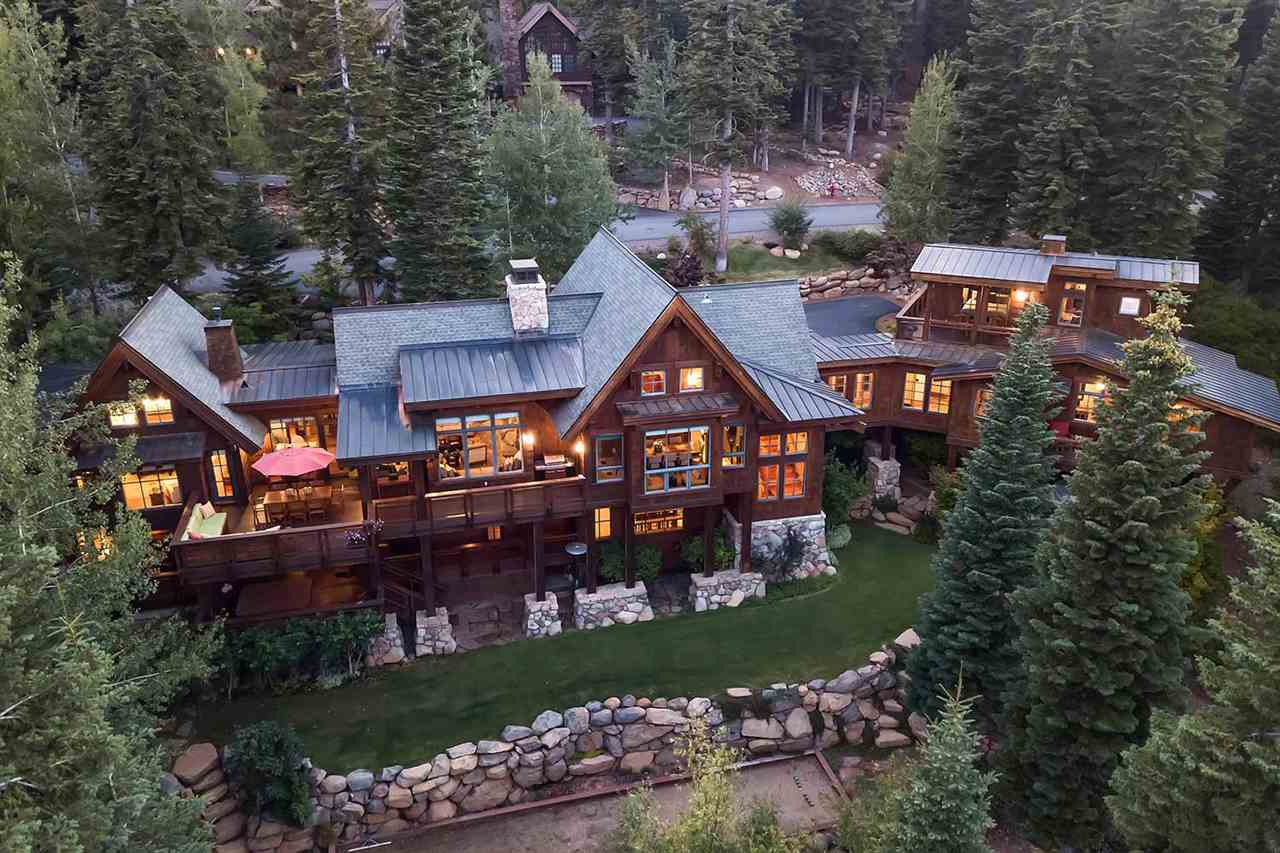 Single Family Homes por un Venta en 2221 Silver Fox Court Truckee, California 96161 Estados Unidos