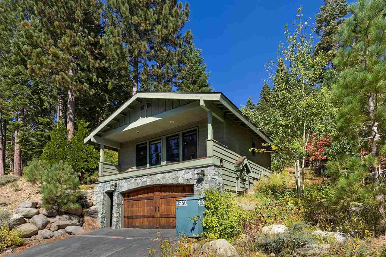 Single Family Homes por un Venta en 3550 Courchevel Road Tahoe City, California 96145 Estados Unidos