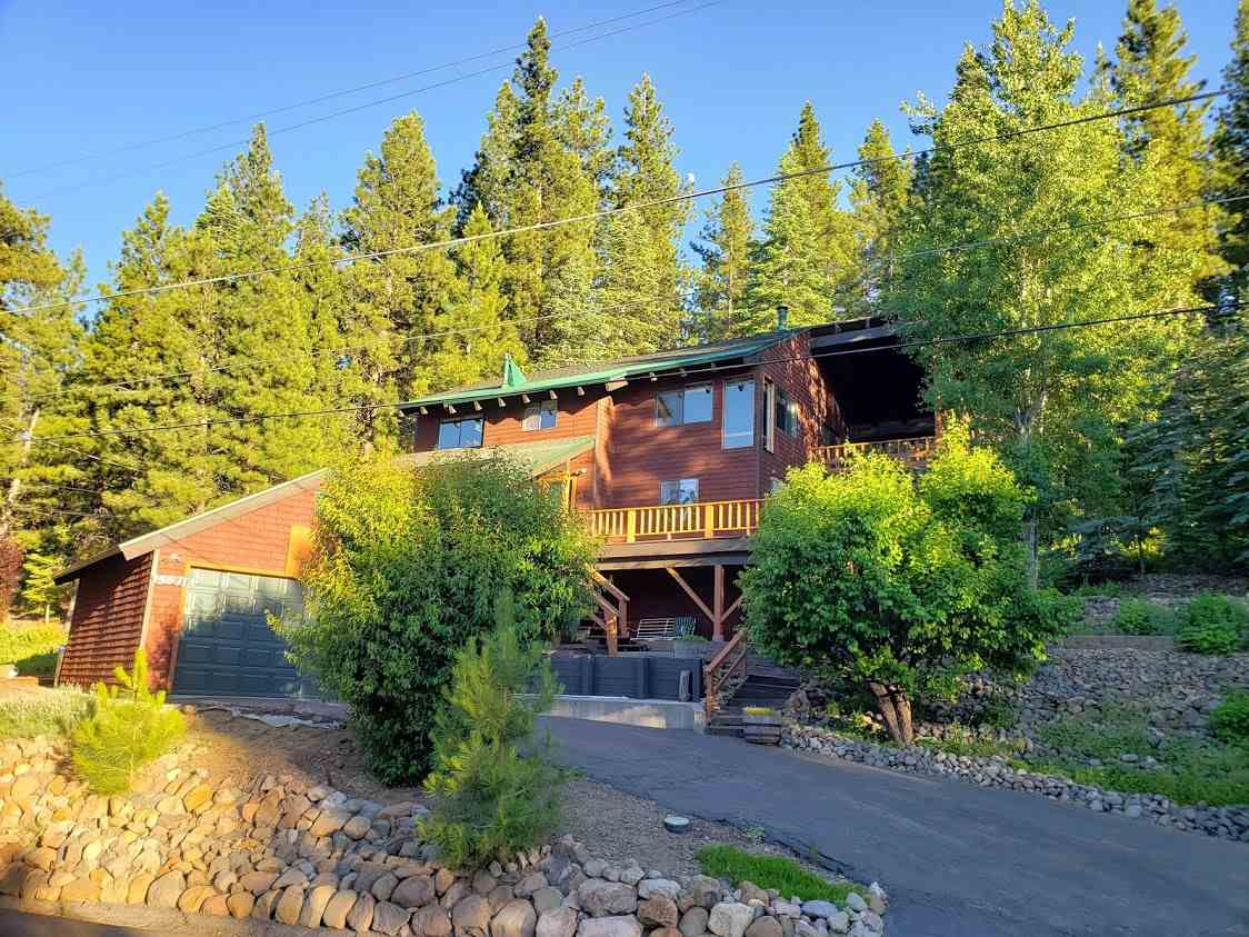 Single Family Homes for Active at 15631 Donnington Lane Truckee, California 96161 United States