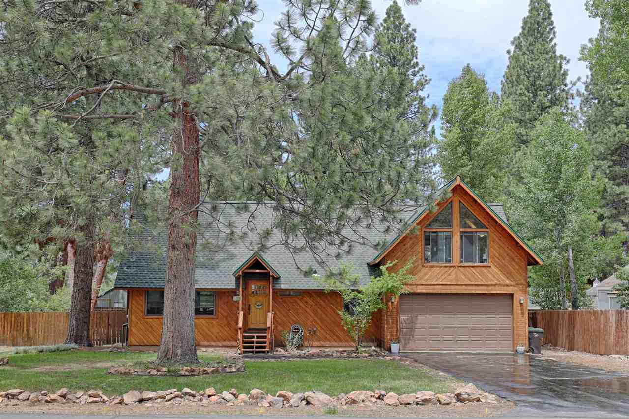 Single Family Homes for Active at 14884 Nelson Street Truckee, California 96161 United States