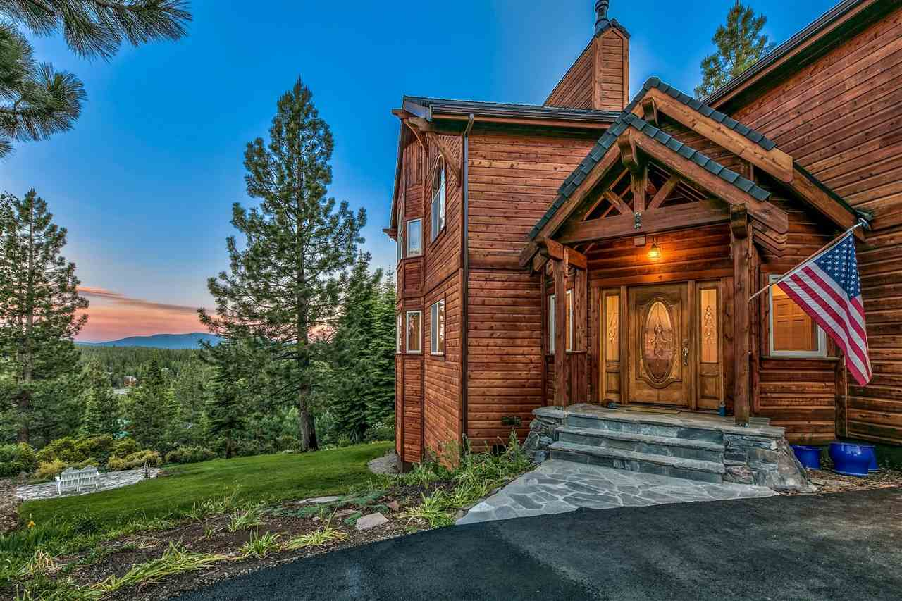 Single Family Homes for Active at 13075 Oberwald Way Truckee, California 96161 United States