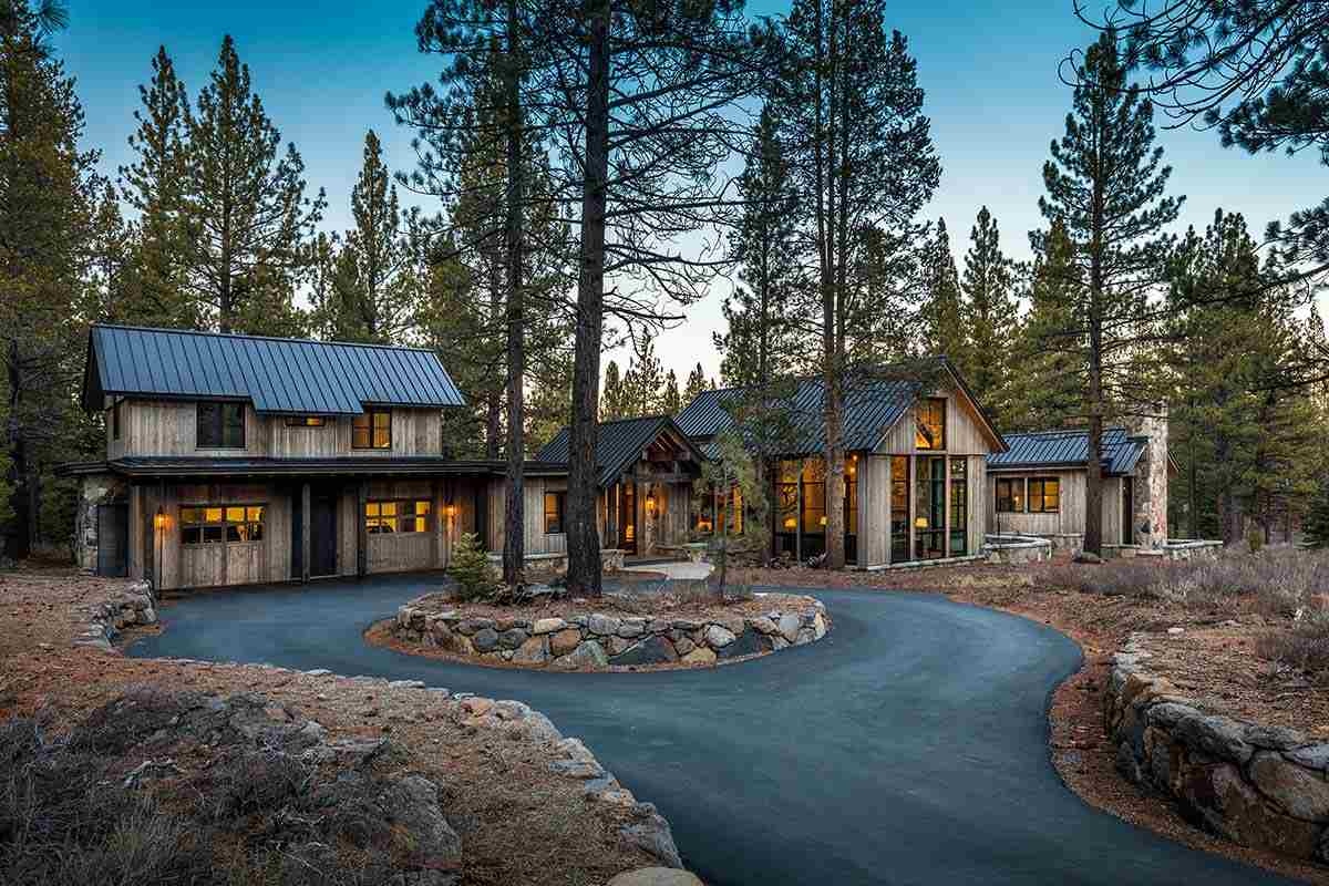 Single Family Homes por un Venta en 8607 Benvenuto Court Truckee, California 96161 Estados Unidos