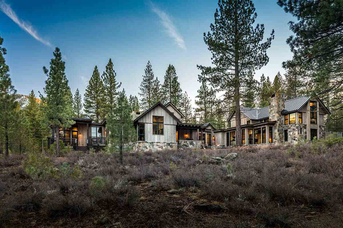 Additional photo for property listing at 8607 Benvenuto Court Truckee, California 96161 United States