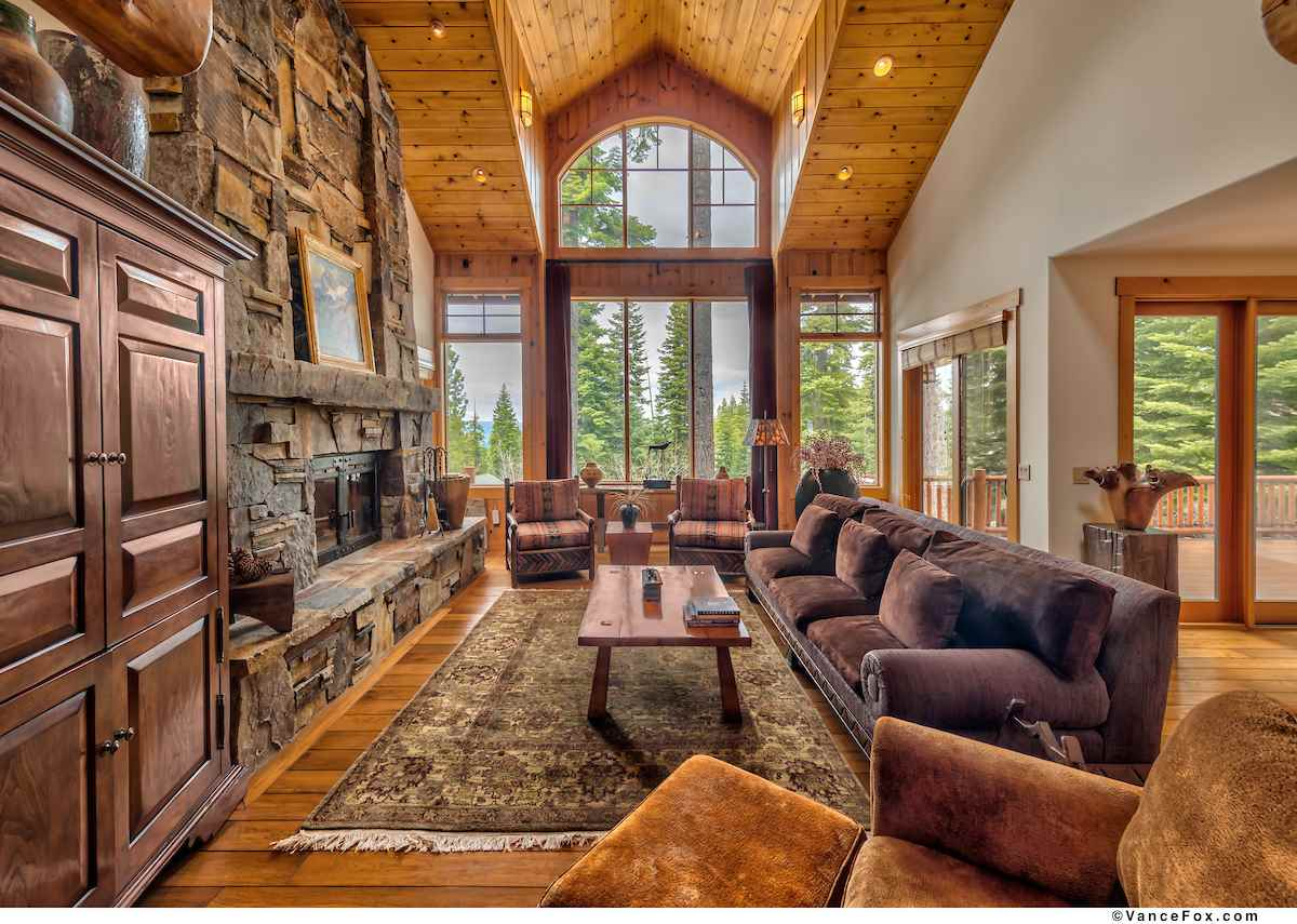 Single Family Homes por un Venta en 1930 Gray Wolf Truckee, California 96161 Estados Unidos