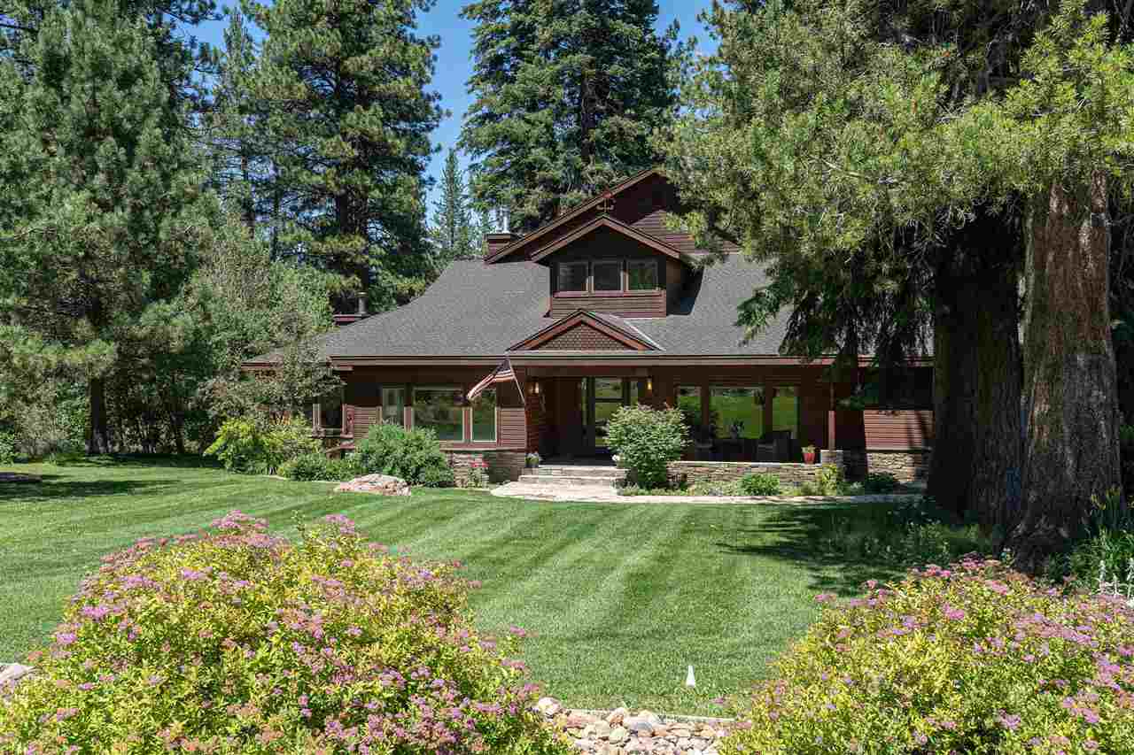 Single Family Homes por un Venta en 10741 Silver Spur Drive Truckee, California 96161 Estados Unidos