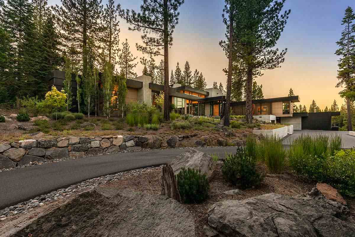 Single Family Homes por un Venta en 8725 Boscobel Court Truckee, California 96161 Estados Unidos