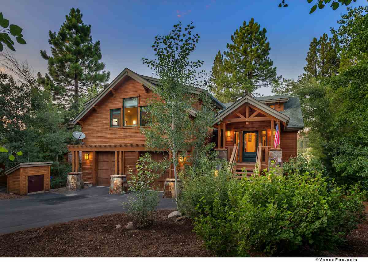 Single Family Homes for Active at 196 Basque Truckee, California 96161 United States