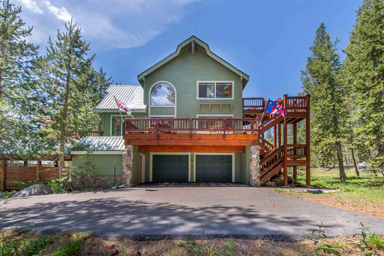 Single Family Homes for Active at 4133 Donner Drive Truckee, California 95728 United States