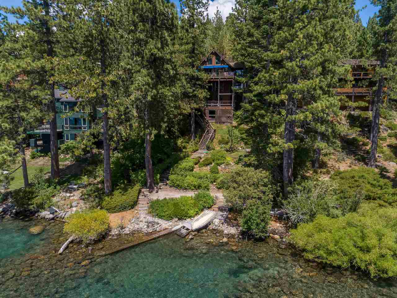 Additional photo for property listing at 3360 Edgewater Drive Tahoe City, California 96145 Estados Unidos