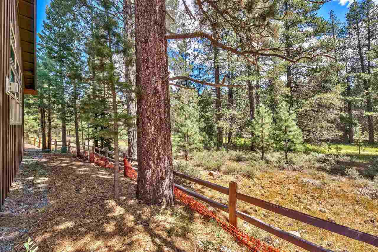 Additional photo for property listing at 11336 Wolverine Circle Truckee, California 96161 Estados Unidos