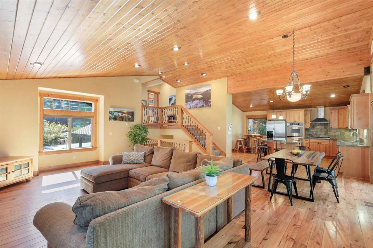 Additional photo for property listing at 14076 Herringbone Way Truckee, California 96161 United States