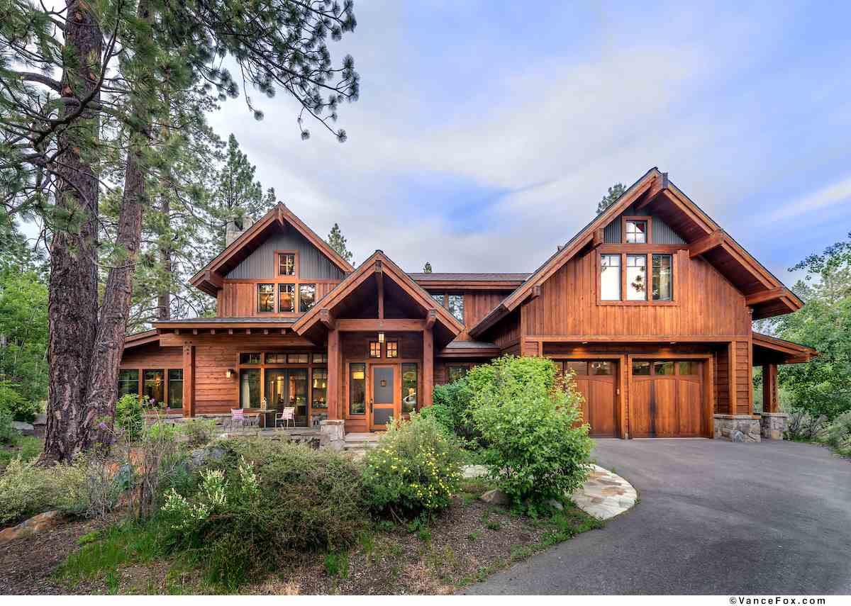 Single Family Homes por un Venta en 13490 Fairway Drive Truckee, California 96161 Estados Unidos