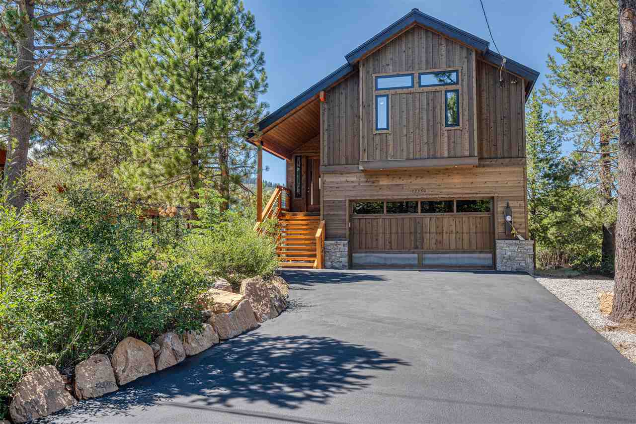 Single Family Homes for Active at 12330 Snowpeak Way Truckee, California 96161 United States