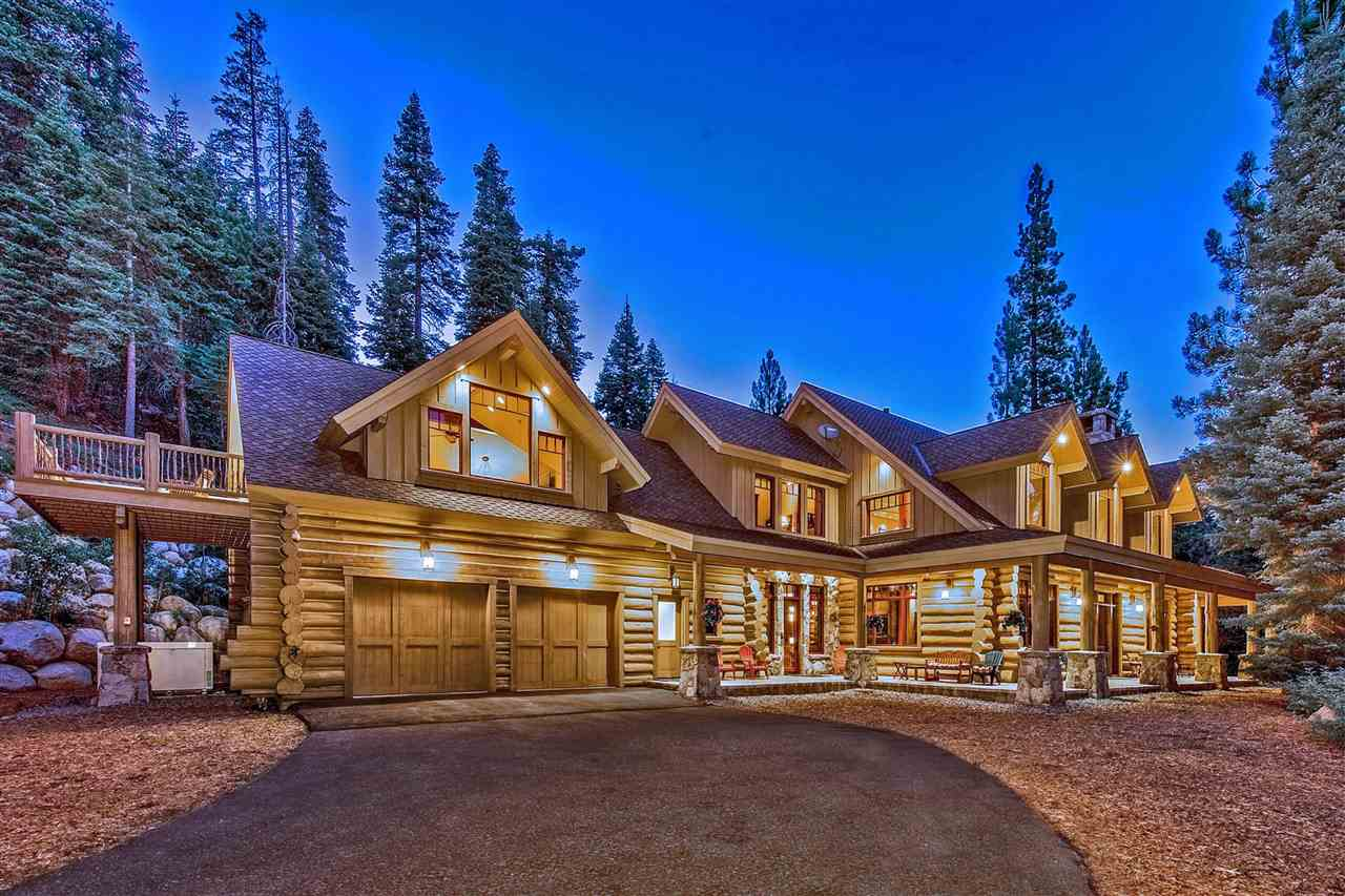 Single Family Homes por un Venta en 580 Granlibakken Road Tahoe City, California 96145 Estados Unidos