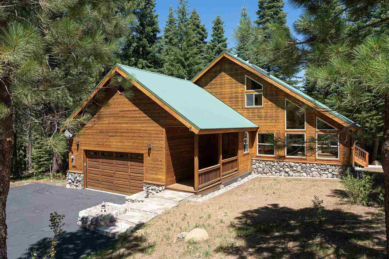 Single Family Homes for Active at 12762 Saint Bernard Drive Truckee, California 96161 United States