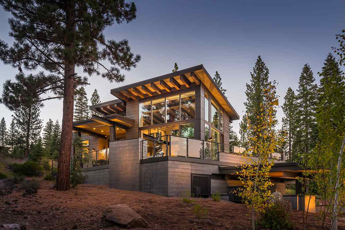 Additional photo for property listing at 8303 Valhalla Drive Truckee, California 96161 Estados Unidos