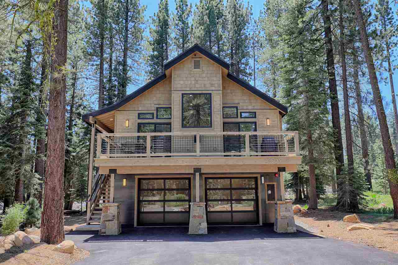 Single Family Homes for Active at 12503 Bernese Lane Truckee, California 96161 United States