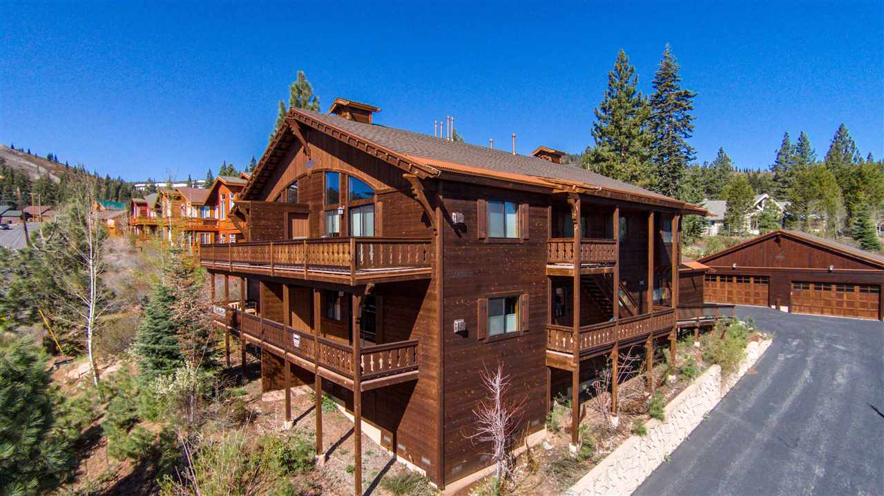 Additional photo for property listing at 16604 Skislope Way Truckee, California 96161 United States