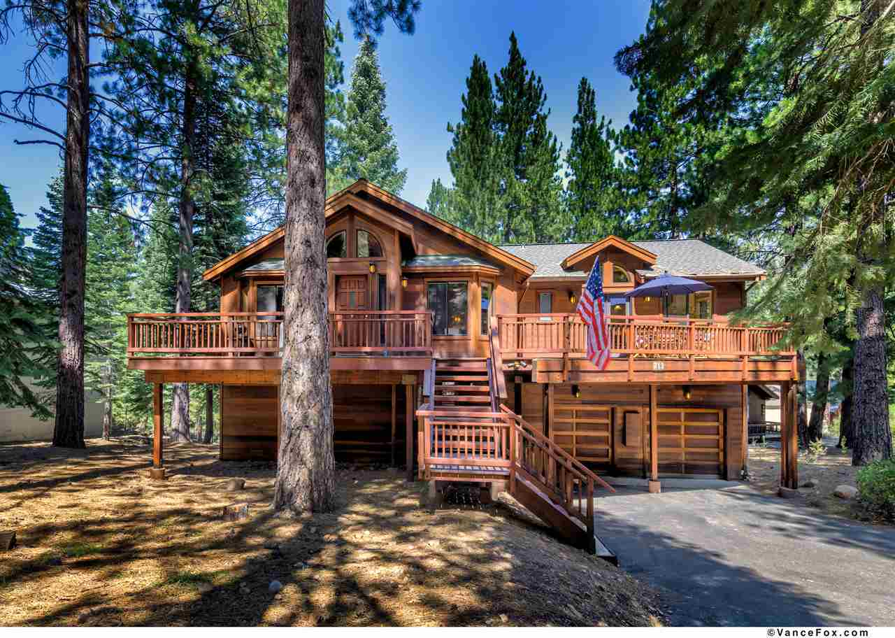 Single Family Homes por un Venta en 712 Conifer Truckee, California 96161 Estados Unidos