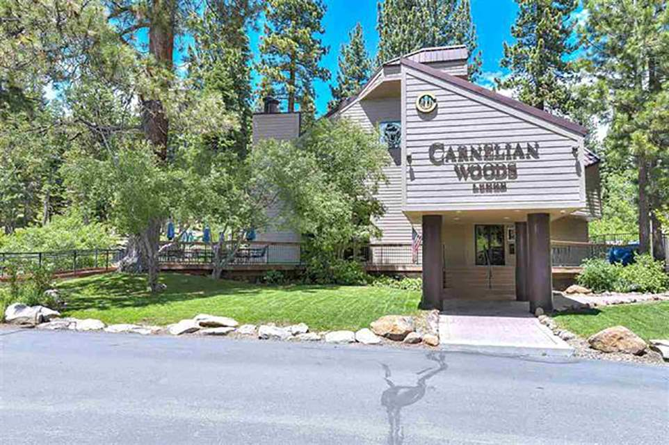 Additional photo for property listing at 5101 North Lake Boulevard Carnelian Bay, California 96140 Estados Unidos