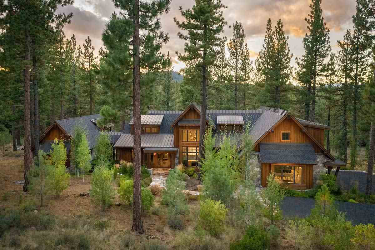 Additional photo for property listing at 9654 Dunsmuir Way Truckee, California 96161 Estados Unidos