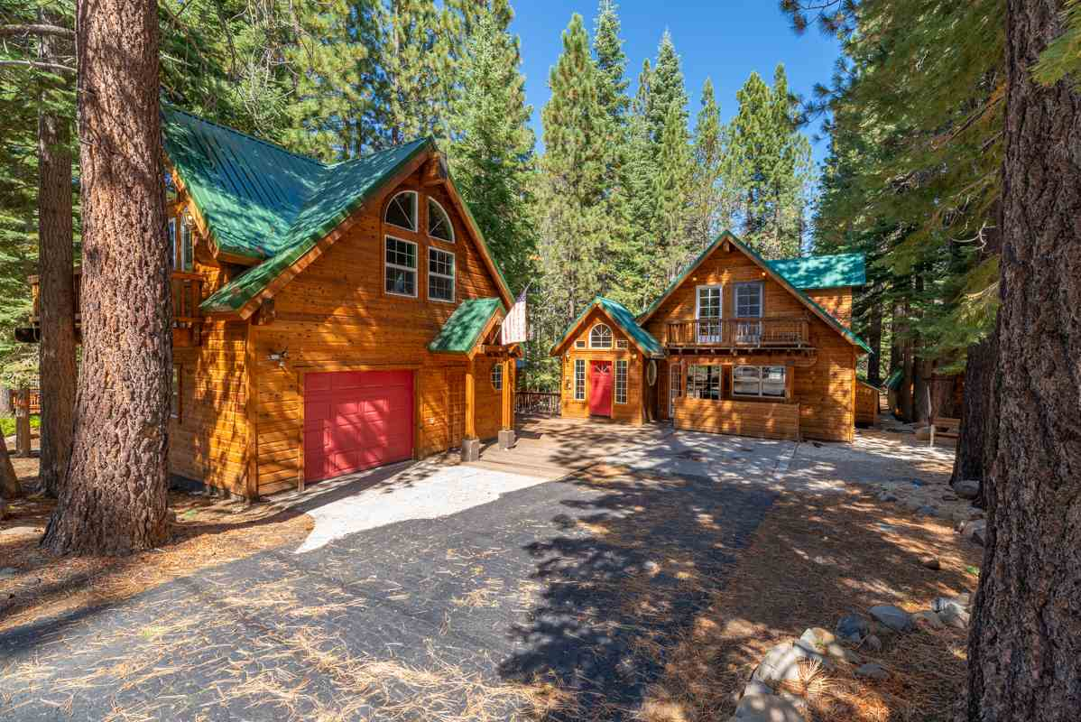Single Family Homes for Active at 11876 Mougle Lane Truckee, California 96161 United States