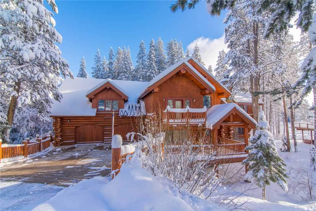 Single Family Homes for Active at 11575 Zermatt Drive Truckee, California 96161 United States