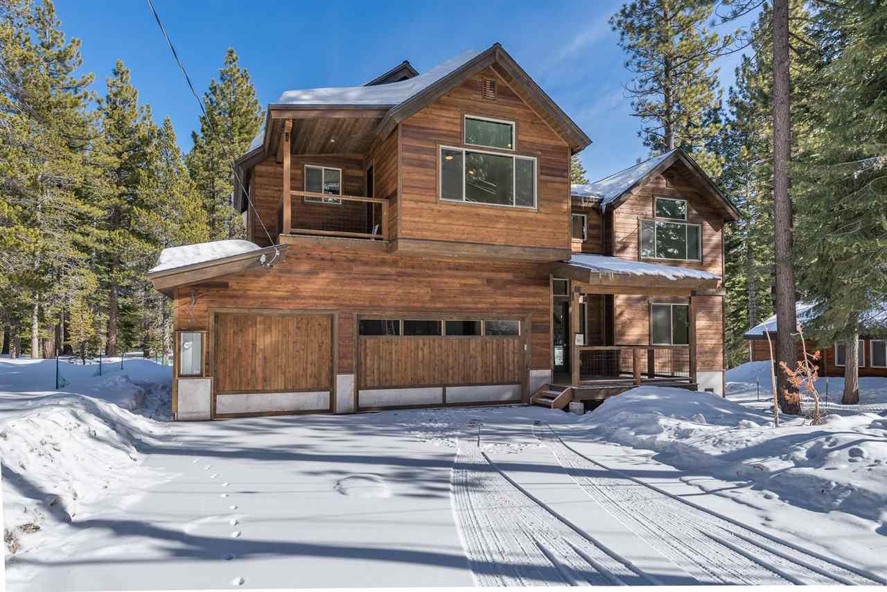 Single Family Homes por un Venta en 13718 Ski View Loop Truckee, California 96161 Estados Unidos